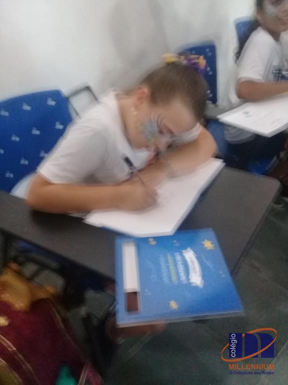 2-noite-magica-de-autografos-no-colegio-millennium-122