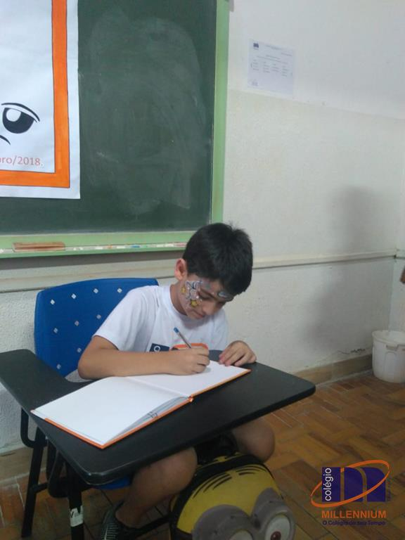 2-noite-magica-de-autografos-no-colegio-millennium-166