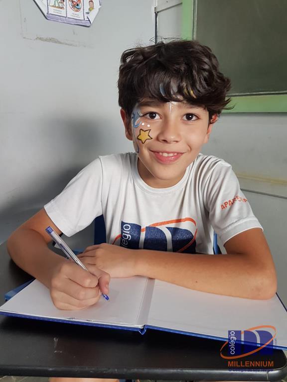 2-noite-magica-de-autografos-no-colegio-millennium-298