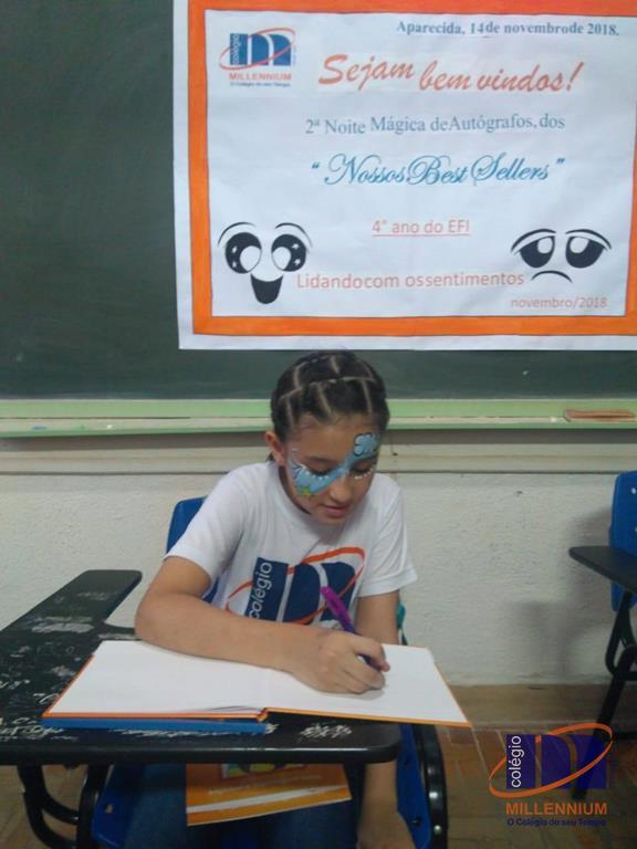 2-noite-magica-de-autografos-no-colegio-millennium-173