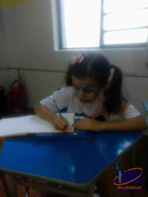 2-noite-magica-de-autografos-no-colegio-millennium-261