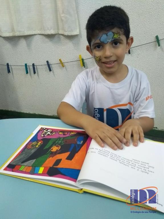 2-noite-magica-de-autografos-no-colegio-millennium-376