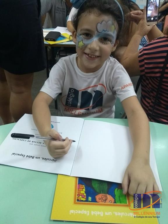 2-noite-magica-de-autografos-no-colegio-millennium-402