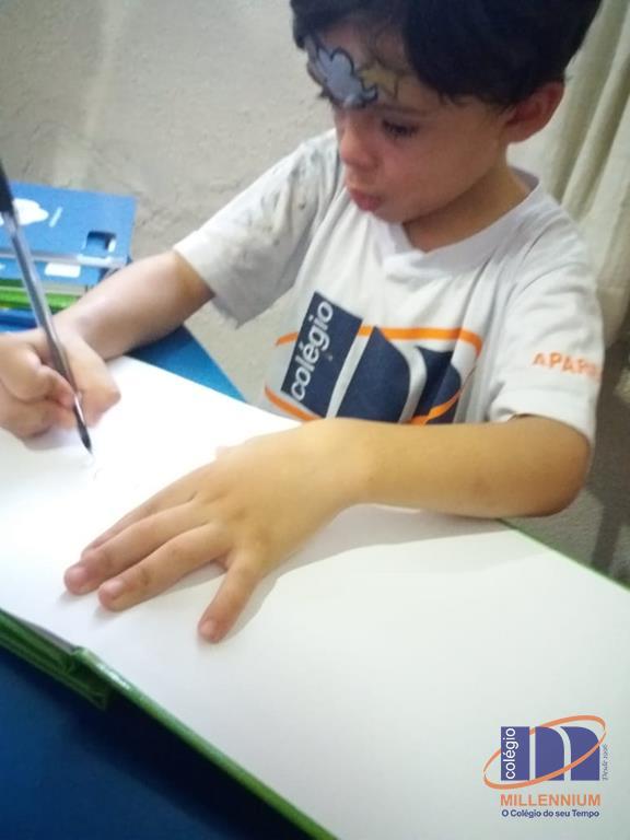 2-noite-magica-de-autografos-no-colegio-millennium-410