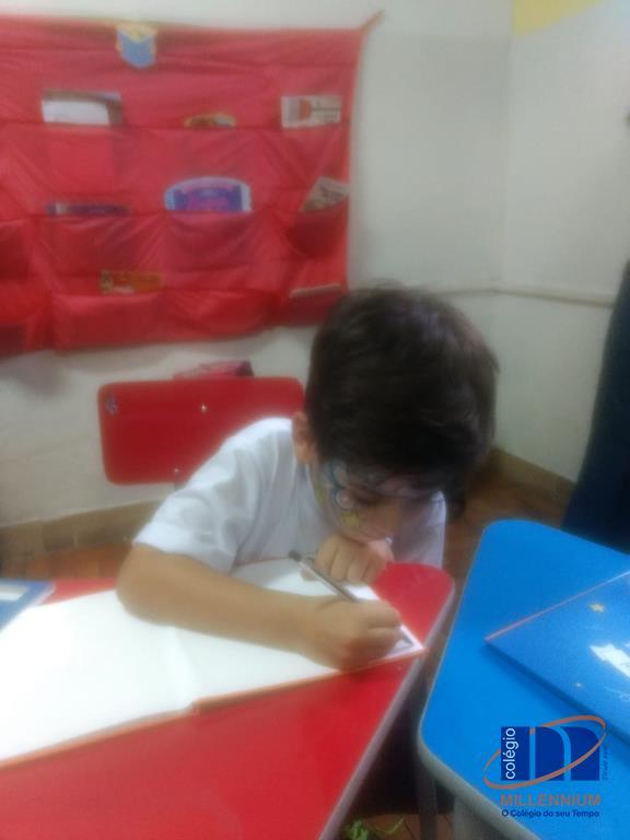 2-noite-magica-de-autografos-no-colegio-millennium-45
